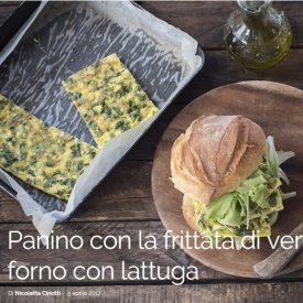 Panino con la frittata di verdure e ricotta al forno con lattuga