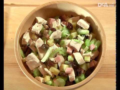 Insalata di pollo, olive e capperi