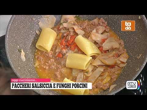 Paccheri con salsiccia e funghi porcini